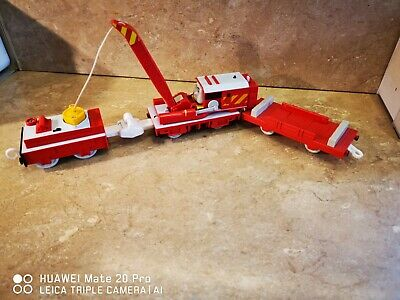 Trackmaster Thomas the Tank engine train Rocky flatbed & magnetic crane