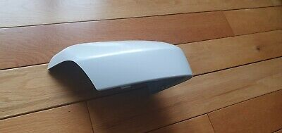 Volvo Xc90 drivers side mirror Cover 39818589 New 707 cristal white