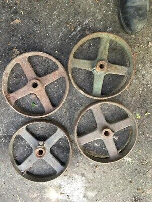 A set of 4 cast iron wheels shepherd chicken hut antique vintage 25cm