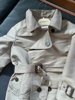 Genuine Burberry boys or girls  Heritage Trench Coat  (size 4 years)