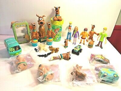 Scooby Doo Assorted lot including Bobble Head & Full set of Bendables +more