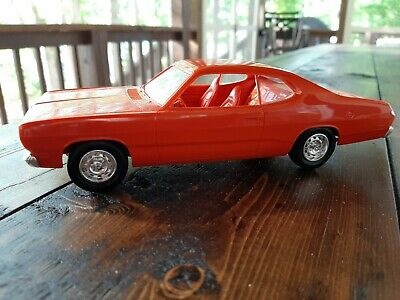 Plymouth Duster 1971 Promo Dealer Orange 1/24 Ship Priority Mail