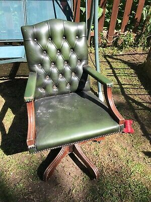 Leather Chesterfield Swivel Chair
