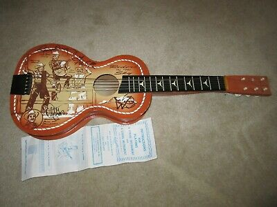 """Signed UKULELE  """"RIDERS IN THE SKY"""" Disney Music Monsters Inc & Toy Story-READ!!"""