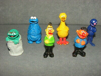 Sesame Street: 6 PVC Figures Big Bird Bert & Ernie Cookie Grover HONG KONG '70s