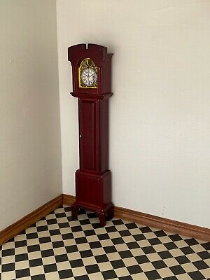 1/12th scale Grandfather clock. Mahogany dolls house miniature with pendulum ope