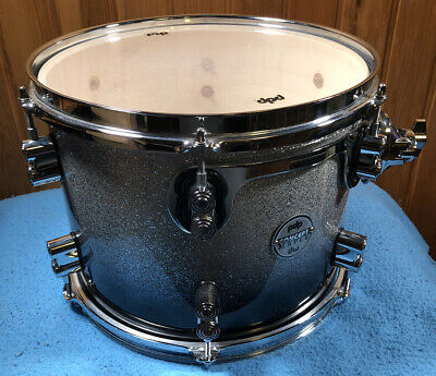 PDP Concept Maple Tom Drum: Silver To Black Fade - Chrome Hardware 9x12