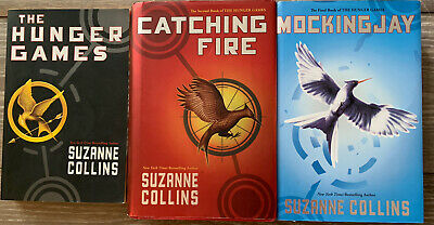 The Hunger Games Trilogy Set Mixed Lot VERY GOOD