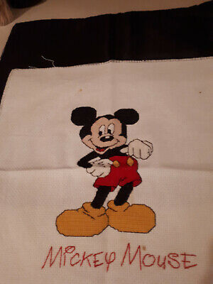 Cross stitch of Mickey Mouse