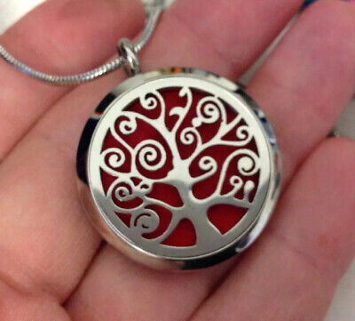 VINTAGE JEWELLERY Lovely Stainless Steel Tree Of Life Opening Locket And Chain