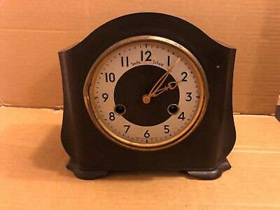 Vintage Smiths Enfield bakelite Mantel Clock, With Pendulum & Key