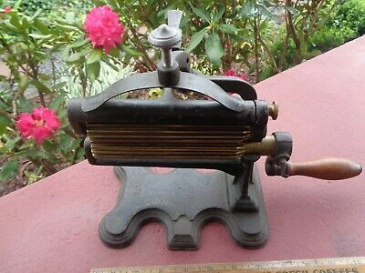 1869 Antique Cast Iron CROWN JEWEL Fluter OLD Iron Sad Iron Fluting Machine