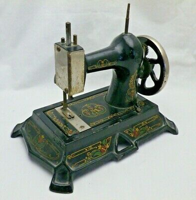 Antique Sewing Machine Muller Germany Model 19 Cast Iron Childs Hand Cranked