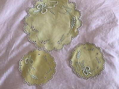 "Vintage Linen Mustard Three Pieve Embroidered Dressing Table Set 9""&5"" Circular"