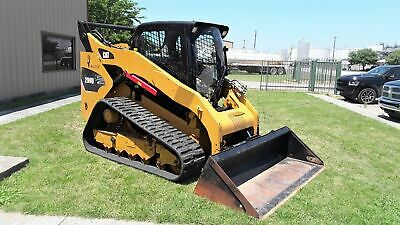 2013 Yellow COMPACT TRACK LOADER!