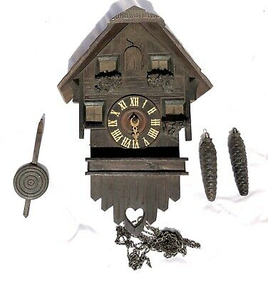 VINTAGE CUCKOO CLOCK Being Sold for SPARES REPAIR OR RESTORATION