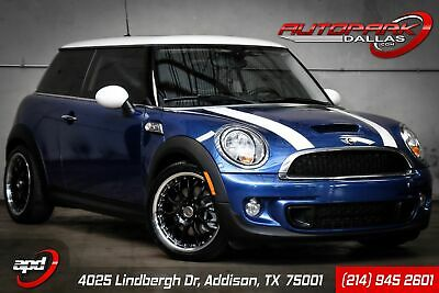 2013 MINI Hardtop Cooper S 1-Owner, Low Miles. Loaded, Sport. Fresh Service, WE FINANCE!
