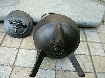 Vintage Complete Small in Cast Iron Cooking Old Gypsy Pot Cauldron Alba 1 Litre