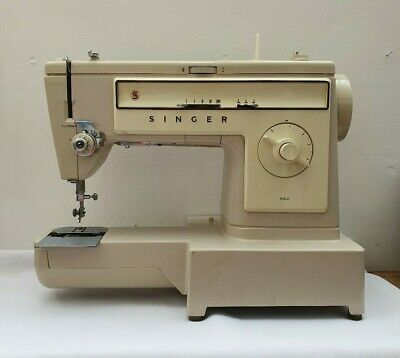 Vintage Singer 522 Sewing Machine With Original Hard Case (Needs New Foot Pedal)