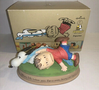 Snoopy Peanuts Charlie Brown Hallmark Gallery Figure Figurine Linus 2010 **New**