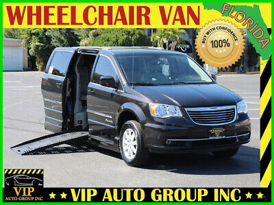 2015 Chrysler Town & Country Touring 2015 Chrysler Town & Country Touring Handicap Wheelchair Van BraunAbility Power