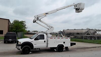 2006 White AC POWER STROKE DIESEL!