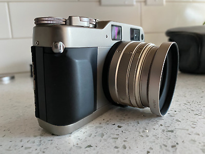 Contax G1 with Carl Zeiss 28mm 2.8 Lens