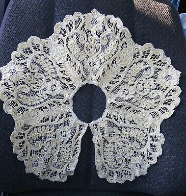 Beautiful Vintage Ivory Color Lace Collar EXQUISIT !