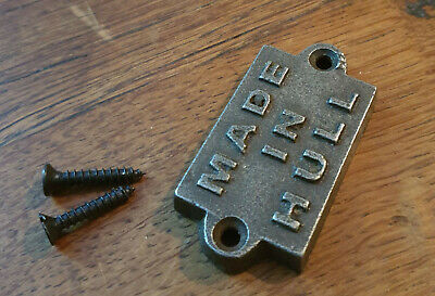 Cast Iron Wall Mounted Small MADE IN HULL Plaque For Door-Toilet Loo Garden Sign