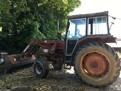 International 584 tractor loader no VAT