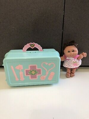 "1996 Mattel Cabbage Patch Kids Babyland  Hospital Play Set case with 7-1/2"" doll"