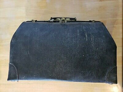 Vintage Leather Doctors Medical Bag With Lock & Key
