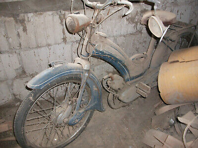 Moped Victoria Vicky