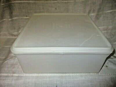 Vintage Tupperware Square Keeper 36 Cup Sheer 12 x 12 x 5 Large Container #166