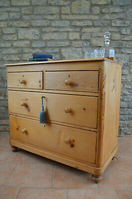 A Fabulous Small Old Victorian Antique Pine Chest Of Drawers