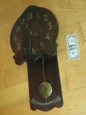 Antique Wood Clock Arts & Crafts Mission Wall Wood w/ S Ingraham Co Key (Y453)