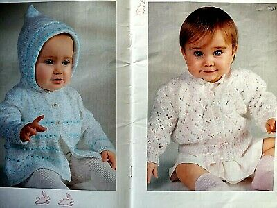 "Peter Pan Knitting Pattern Baby Raglan Sweater Darling DK 20-28/"" Boys Girls 986"