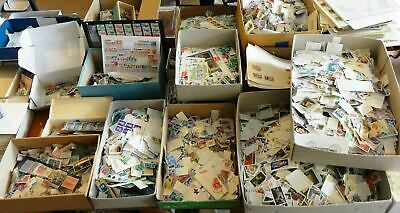 1000000's Collection lot of 500 unpicked off paper Worldwide Stamps World
