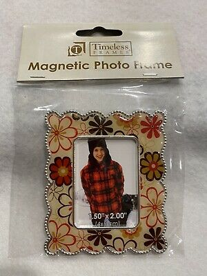 Oval Magnetic Mini Picture Frames by Timeless Frames $1.50