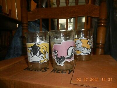 5-Welch's Jelly 1994 Looney Tunes Series 2, 4, 6, 10, & 12 Glass Tumbler