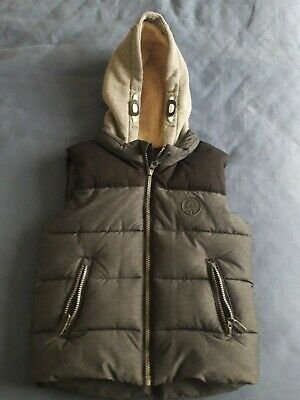Fluffy Hooded thick Gilet 6 Yrs worn twice grey black M&S Dunnes