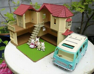 Sylvanian Families Beechwood Hall House & Camper Van & Dolls. Wirral Collect
