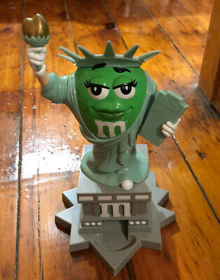 M & M's Statue Of Liberty Candy Dispener Ms Green Lady NY Times Square