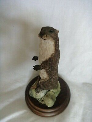 Otter figurine Country Artists (C) RC&Co 1986 18 cm high