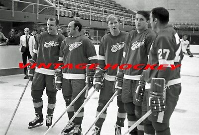 1970's Former Toronto Maple Leafs Now Detroit Red Wings 8 X 10 Nhl Hockey Photo