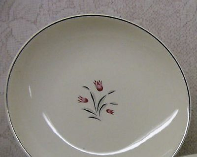 Vintage 1957 SALEM China TULIP TIME Round Open VEGETABLE BOWL MINT Condition