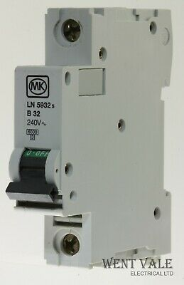 MK Sentry - LN5932s 32a Type B Single Pole MCB Used