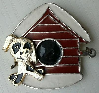DOG and Doghouse Russian vintage children's pin [MISS.]