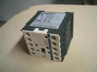 Square D CA4 KN225BW3 24VDC Control Relay