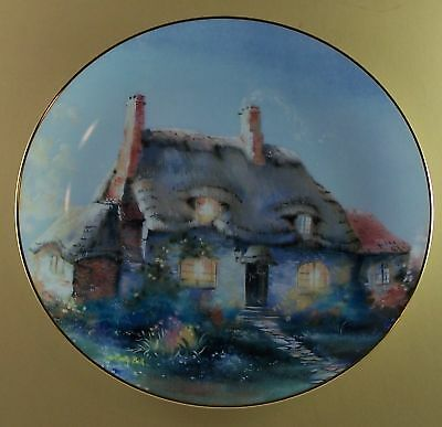English Country Cottages LULLABYE COTTAGE Plate Floral